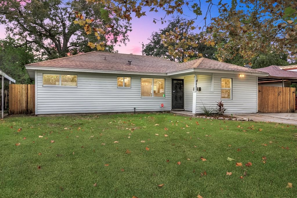 Deal of The Week: 8451 Sonneville Drive